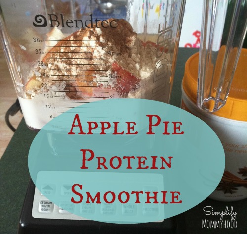 Apple Pie Protein Smoothie | DaniSchnakenberg.com