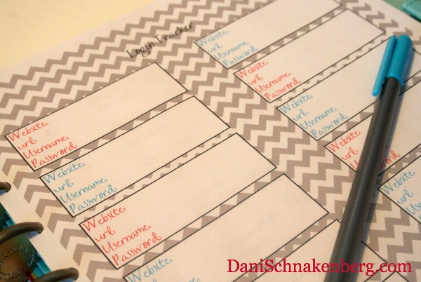 31 Days of {functional} Printables - Password Keeper | DaniSchnakenberg.com